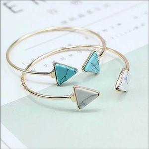 BNWT blue marble bracelet